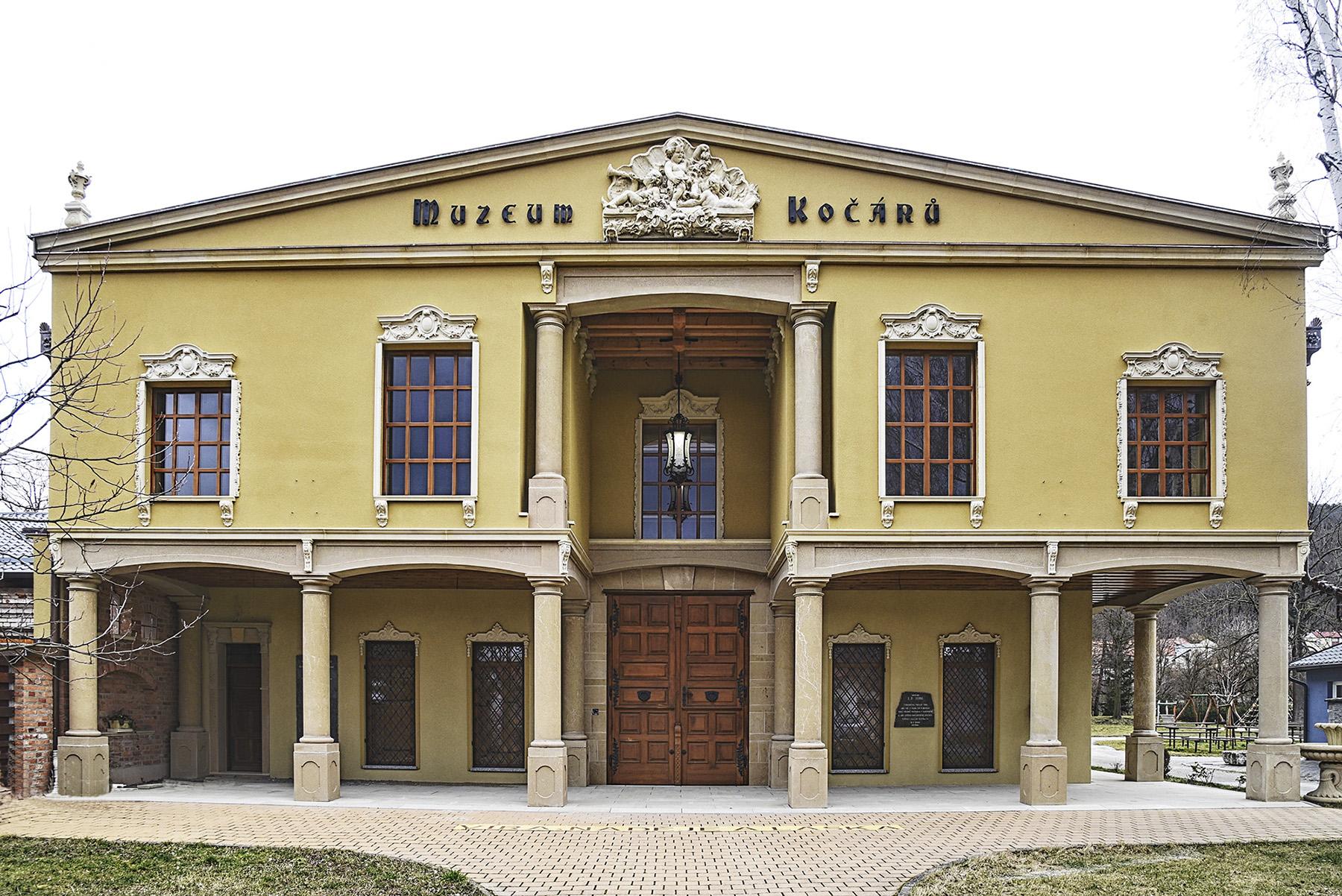 Odklad slavnostního otevření Muzea kočárů